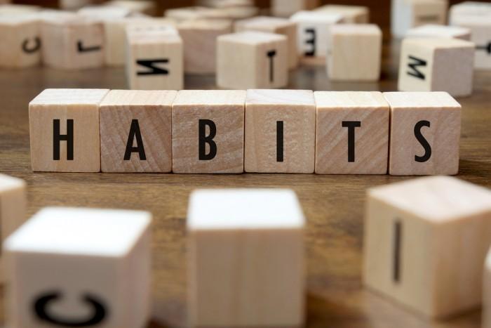 "Scrabble tiles spelling ""habbits"""